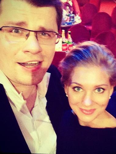 Гарик Харламов и Кристина Асмус вышли в свет вместе