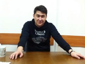 Азамат Мусагалиев.